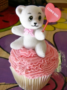 Show him how much you love him with a very cute cupcake!