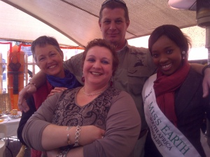 Talking rhino conservation with Dr Kevin Semper, Anne Rimbault and Miss Earth finalist Middah :)